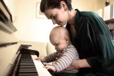 Десять причин отдать ребенка в музыкальную школу.