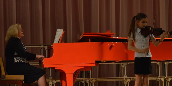 Концерт учащихся струнного отдела. 2015 г.